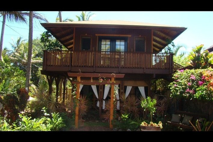 Rentini the bali cottage at kehena beach for Cottage bali