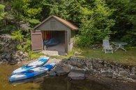 Boathouse with 4 Kayaks