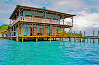 Casa Acuario Inn, Suites Over the Sea, Bocas