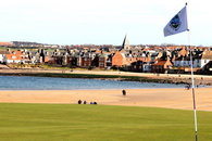 North Berwick luxury at Puffin's Lookout