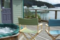 Mariner's Dream Cottage, Orcas Waterfront