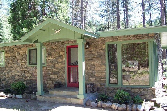 Format_3_2_groveland-ca-united-states-yosemite-river-cabin