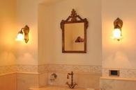 The Principessa's bathroom en suite with shower