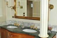 Duchessa's Bathroom with Jacuzzi and shower