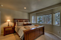 CA King guest room
