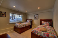 Guest room with twin beds and a trundle