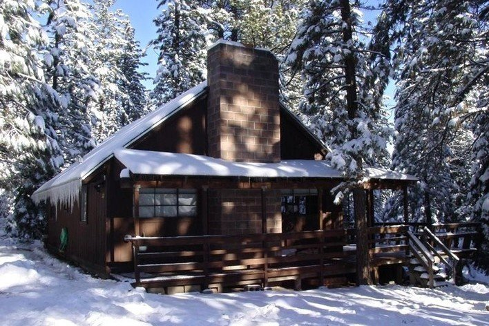 Rentini so lake tahoe chalet cabin w deck hot tub Rent a cabin in lake tahoe ca