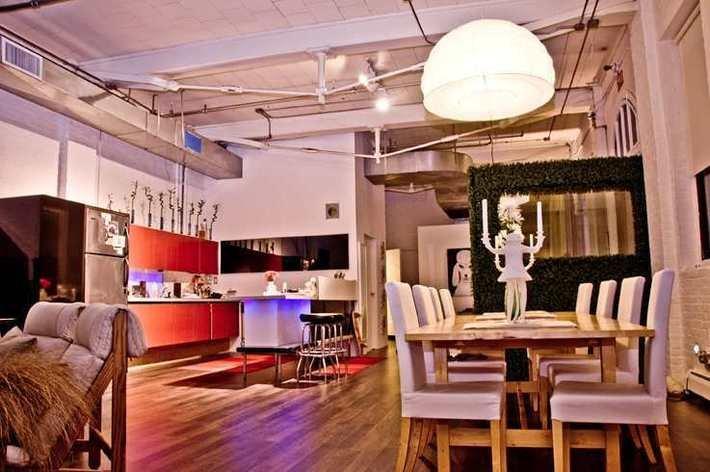 rentini huge fun funky designer loft tour nyc. Black Bedroom Furniture Sets. Home Design Ideas