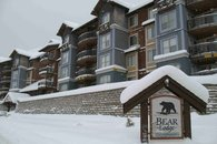 Bear Lodge Ski in-Ski Out Condo Mt Washington