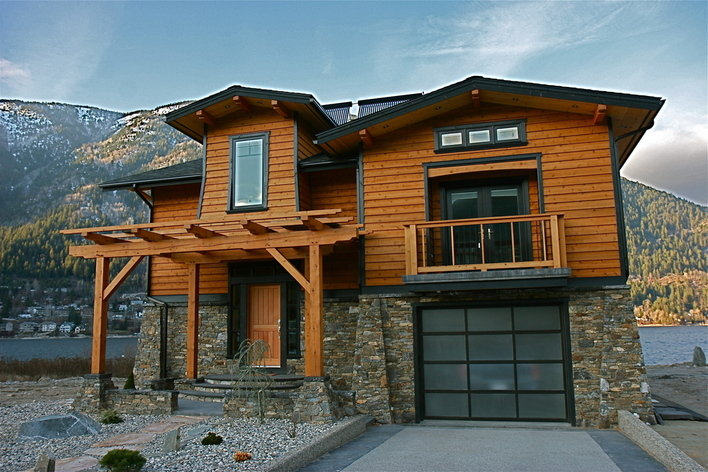 Format_3_2_nelson-bc-canada-nelson-waterfront-deluxe-4-bedroom