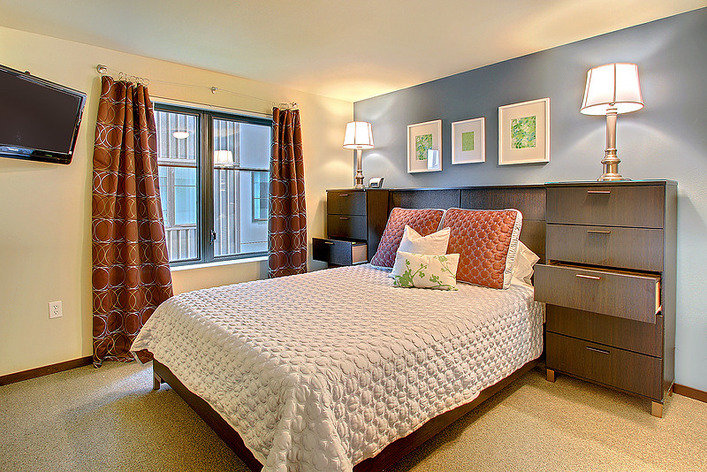 Rentini 2 Bedroom Downtown Seattle Oasis