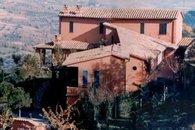 Format_3_2_thumb_san-giorgio-umbria-italy-villa-nuba-pinturicchio-charming-cottage