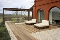 The terrace and the 'al fresco' dining table
