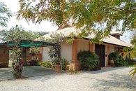 Paradise Villa (private pool/Jacuzzi)