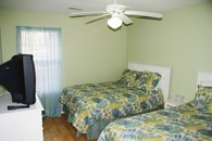 2nd bdrm-1 full & 1 twin bed