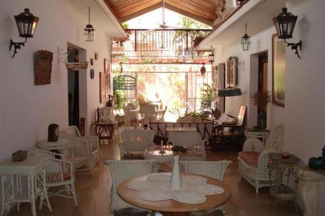 Rentini Cuba bedrooms in beautiful Colonial Houses