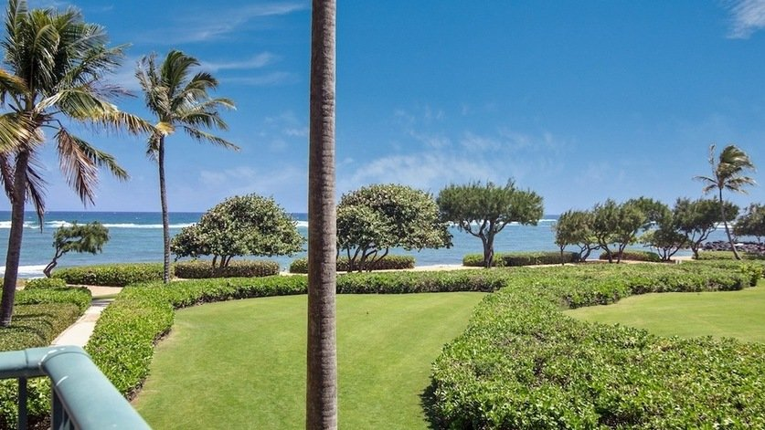 Waipouli Beach Resort Oceanview Condo