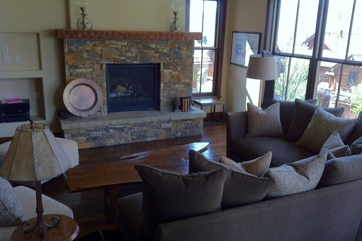 Living Room   Stone Gas Fireplace, Breathtaking Views, Flat Panel TV And  Surround Sound ... Part 86