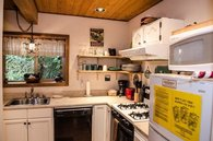 Mt. Baker Lodging – Cabin #4 – SLEEPS 5!