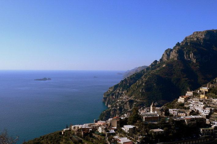 Format_3_2_positano-campania-italy-room-with-breathtaking-view-on-amalfi-coast
