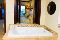 Master Bathroom, Soaking Tub