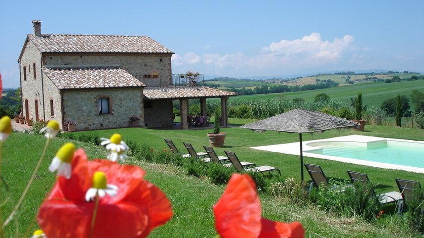 Restored Farmhouse on Umbrian/Tuscan Borders.