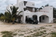 CastilloNicte-Ha Villa. 3 story, 5 en suites.50 yards from the beach