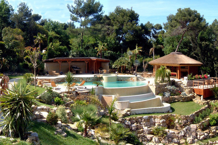 Format_3_2_mougins-paca-france-6-bedrooms-villa-with-great-garden-and-heated